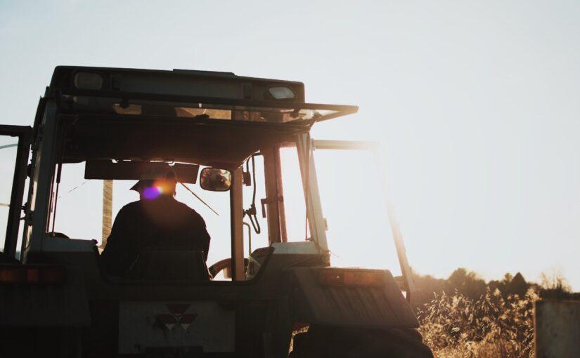 Tractoare John Deere – experienta inedita de a fi agricultor